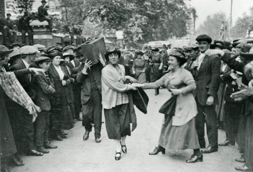 Minnie Lansbury heading to Holloway Prison